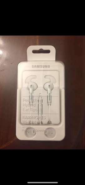 Auriculares Samsung- Earphones In-ear Fit. Modeloeo-eg920bww