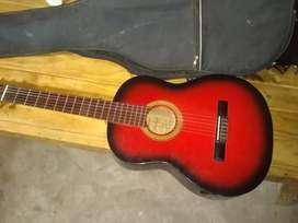 Vendo o permuto guitarra