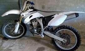 Vendo moto Yamaha Yz 450f Mod. 2008