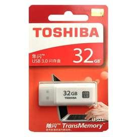 Memoria Usb Toshiba Original Japonés 3.0 32Gb Ata Velocidad, Plástico