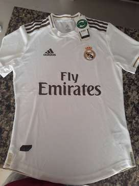 Remate Camiseta Real Madrid talla M