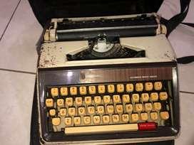 Máquina de escribir funcional
