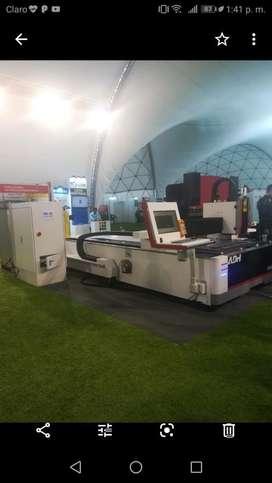 Coratdora laser IPG