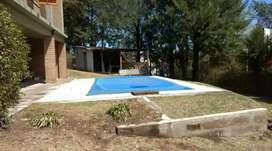 Alquilo casa en Villa del dique.