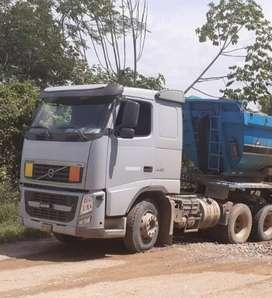 Se Vende tractor Volvo modelo 440