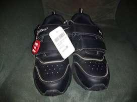 Zapatillas Kickers para Niño Nuevas SIN USO
