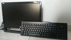 Monitor AOC 19 pulgadas + teclado