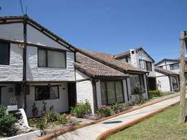 Casa estilo rústico de 102.41 m2 en 2 plantas