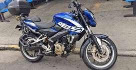 NS 200 excelente