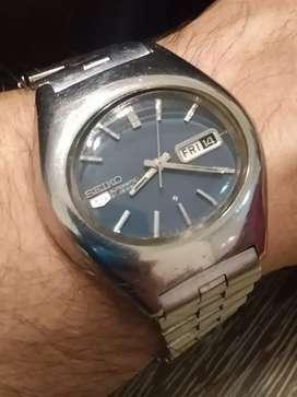 Reloj Seiko Ufo