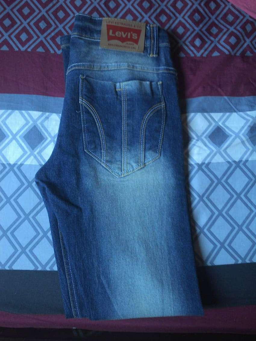 Pantalon  de jeans 0