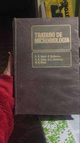 Libro de microbiología de 1500 paginas