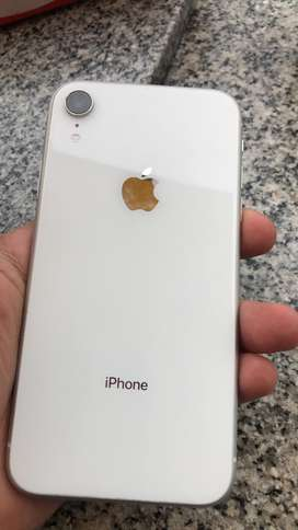 Vendo IPhone XR de 64Gb impecable!