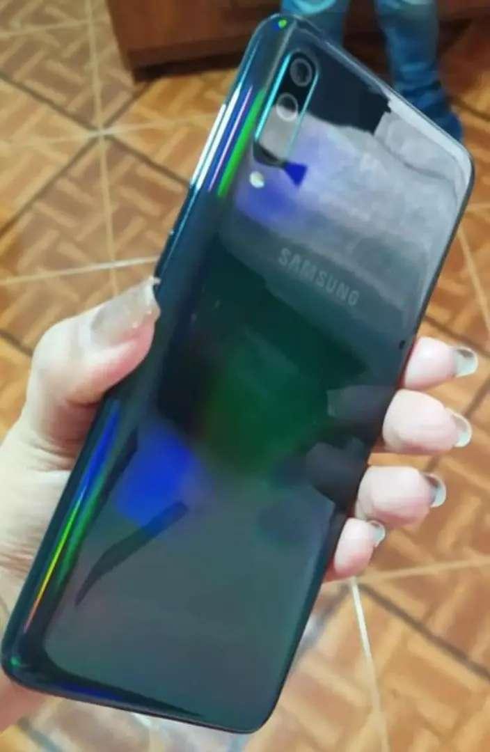 Samsung Galaxy a70 0