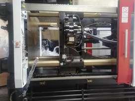 Inyectora 680 Ton