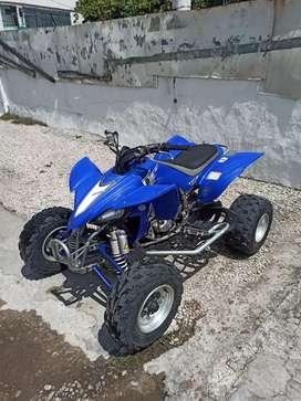 Vendo Yamaha yfz 450 2006 4hrs