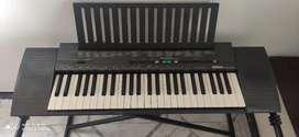 Organeta Yamaha PSR-100