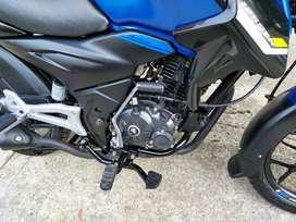 Vendo moto discover 125  mod 2021 como nueba seguro   nuevo  a estado guardada  5000000 negociable
