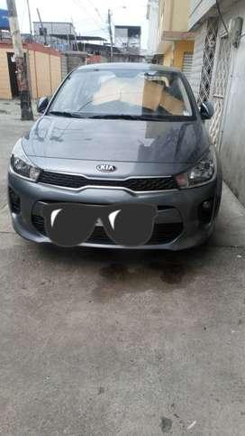 SE VENDE AUTO KIA RIO MODELO 2020