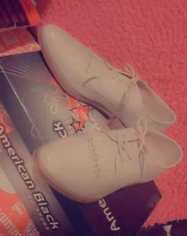 Hermoso zapatos 35