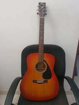 Guitarra acústica YAMAHA  F310 CS