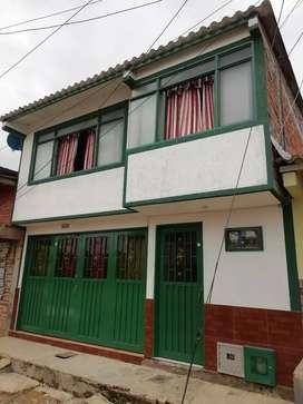 Casa de 2 plantas independientes