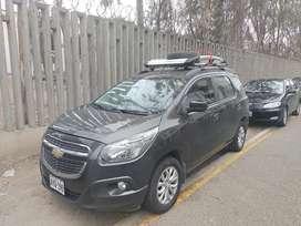 Movilidad alquiler auto 7 asientos