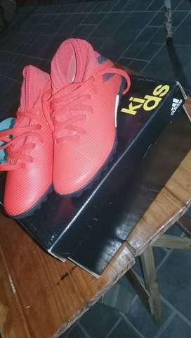 Botines Adidas Sin uso