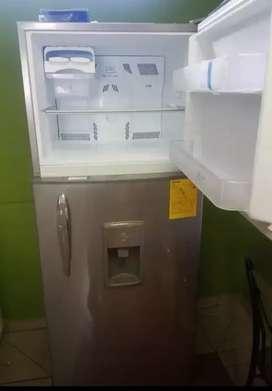 Refrigeradora nueva