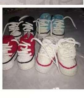 Zapatillas tejidas de bebes