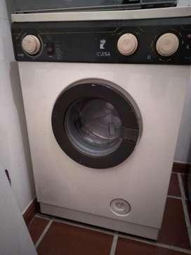 Lavadora secadora Icasa