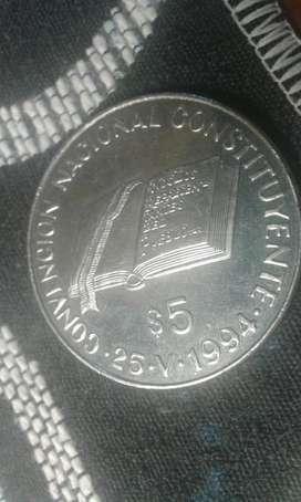 Moneda Argentina De 5 Pesos Del Año 1994