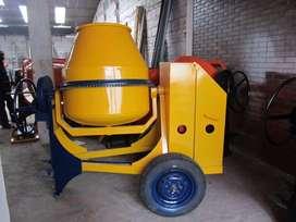 reparacion y mantenimiento de equipos para construcción.
