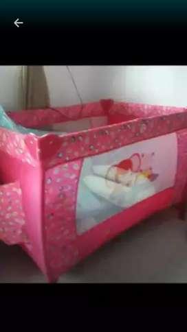 Vendo cuna bebe y silla bibradora