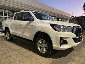 Toyota Hilux SRV AT 0km