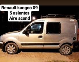 VENDO KANGOO 5 ASIENTOS CON A.A