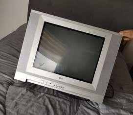 """VENDO TV LG DE 21"""""""