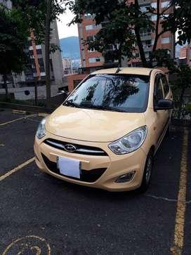 vendo taxi hyundai i10 modelo 2013