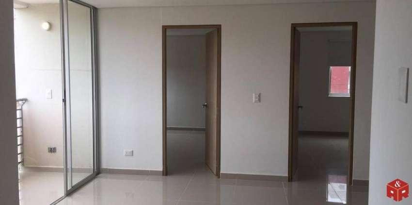 092 Apartamento Barrio Estero 0