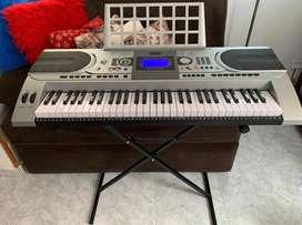 Piano Teclado PT615 Palmer 5 octavas sensible con adaptador + base TC3008 + TK3006