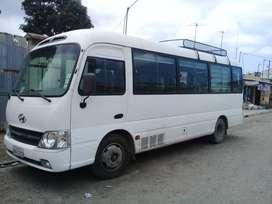 Mini bus, marca Hyundai, Año 2014, capacidad 20 pasajeros