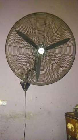 Vendo ventilador de pared
