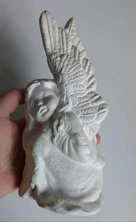 BARRACAS -  Figura de yeso para pintar - modelo angel sentadao