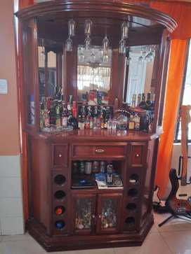 Mueble Bar, licorera en venta o cambio