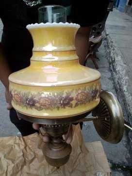 Lámpara Paded Bronce Y Cristal de Leche