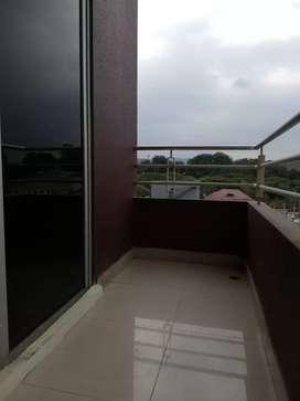 Alquiler Kennedy Norte con ascensor 4to piso 2 dormitorios