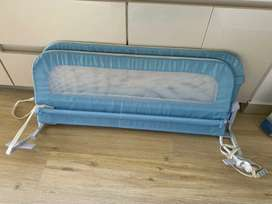 Parales para cama bebé