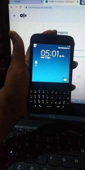 BLACK BERRY Q5  version IOS 10.1