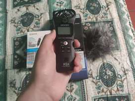 Grabadora de audio Zoom H1N + Microfono de solapa + Accesorios