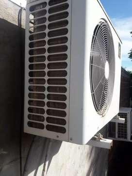 Vendo moto o permuto por aire acondicionado 4000 frigorias